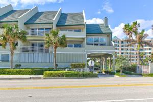2050 S Highway A1a Jupiter FL 33477 House for sale