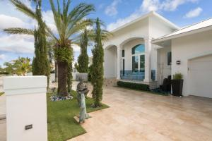 206 Arlington Road West Palm Beach FL 33405 House for sale