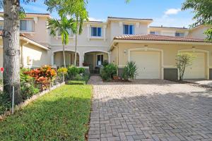 2029 Oakhurst Way Riviera Beach FL 33404 House for sale