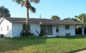 16 Pinetree Circle Tequesta FL 33469 House for sale