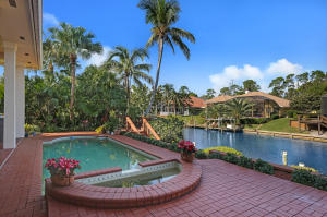 8863 SE Water Oak Place Tequesta FL 33469 House for sale