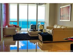 131 Palm Jupiter FL 33477 House for sale