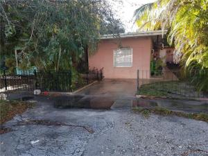 Property for sale at 10641 SE Le Parc Tequesta FL 33469 in LE PARC