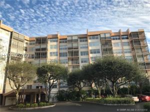 6311 Sandy Bank Terrace Riviera Beach FL 33407 House for sale