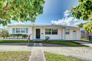 746 Hawthorne Drive Lake Park FL 33403 House for sale