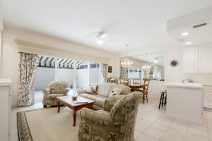 Property for sale at 76 Laurel Oak Circle Jupiter FL 33469 in Tequesta Oaks