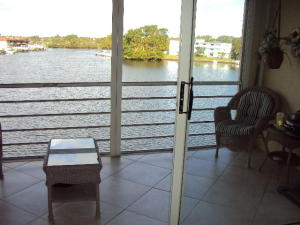313 Lake Circle #311 & Dock North Palm Beach FL 33408 House for sale