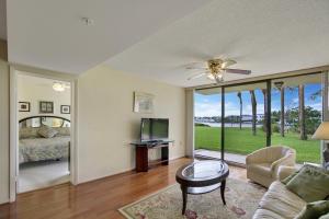 2201 Marina Isle Way Jupiter FL 33477 House for sale