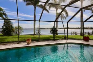 343 River Drive Tequesta FL 33469 House for sale