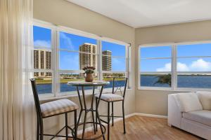 28 Yacht Club Drive North Palm Beach FL 33408 House for sale